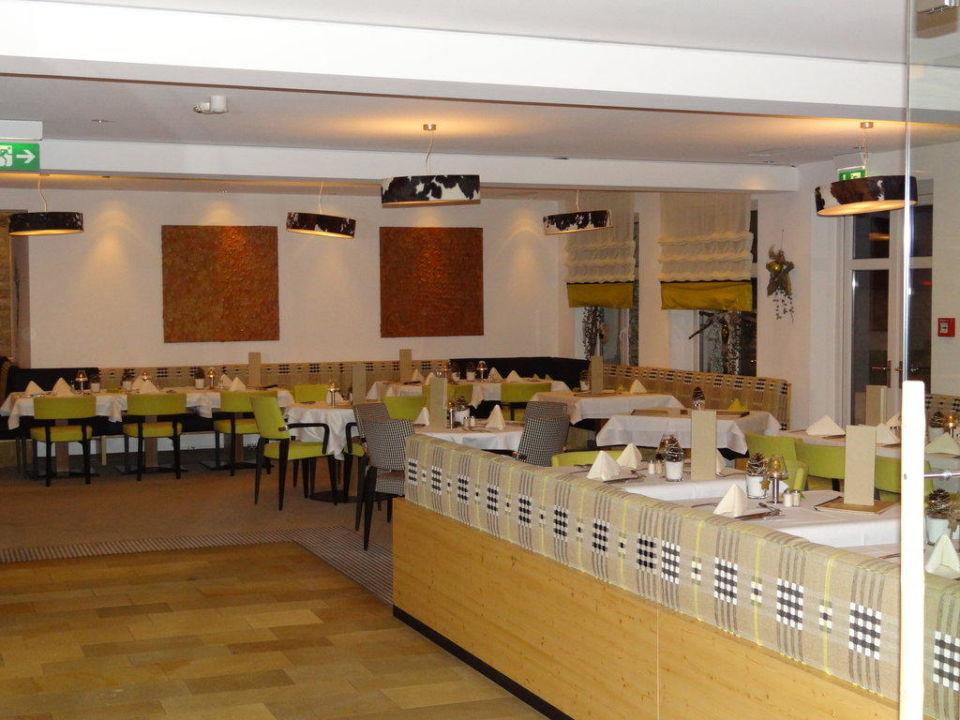 gro er speiseraum hotel lindenwirt drachselsried holidaycheck bayern deutschland. Black Bedroom Furniture Sets. Home Design Ideas