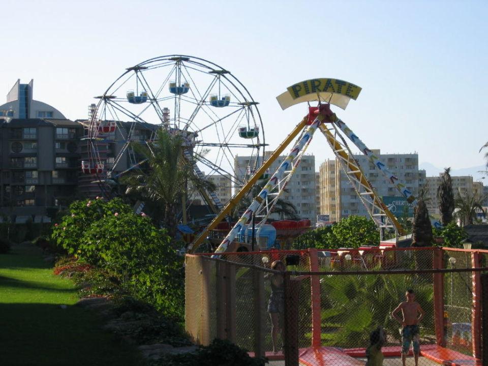 Luna Park Hotel Royal Wings