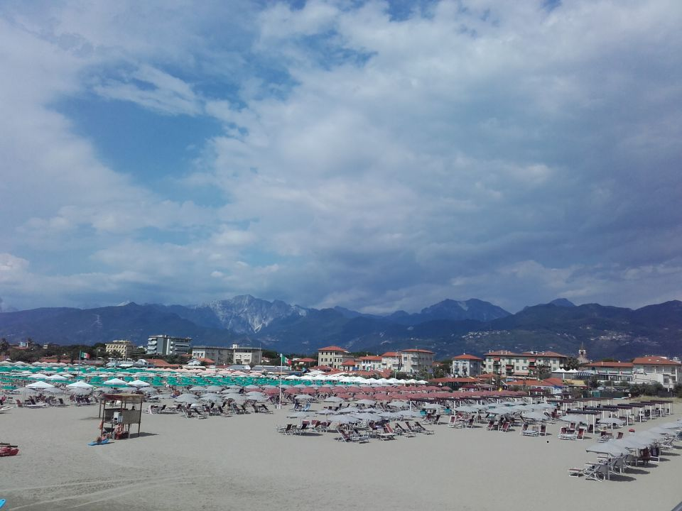 Strand Hotel Villa Ombrosa