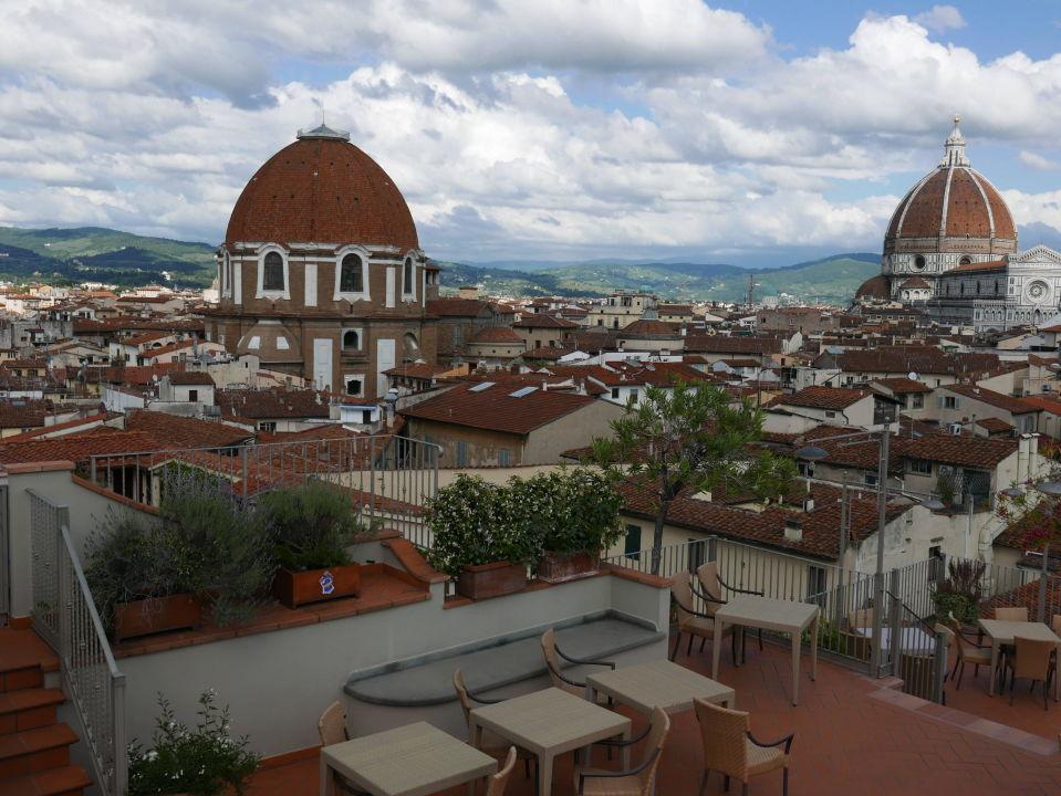Blick Von Dachterrasse Grand Hotel Baglioni Florenz