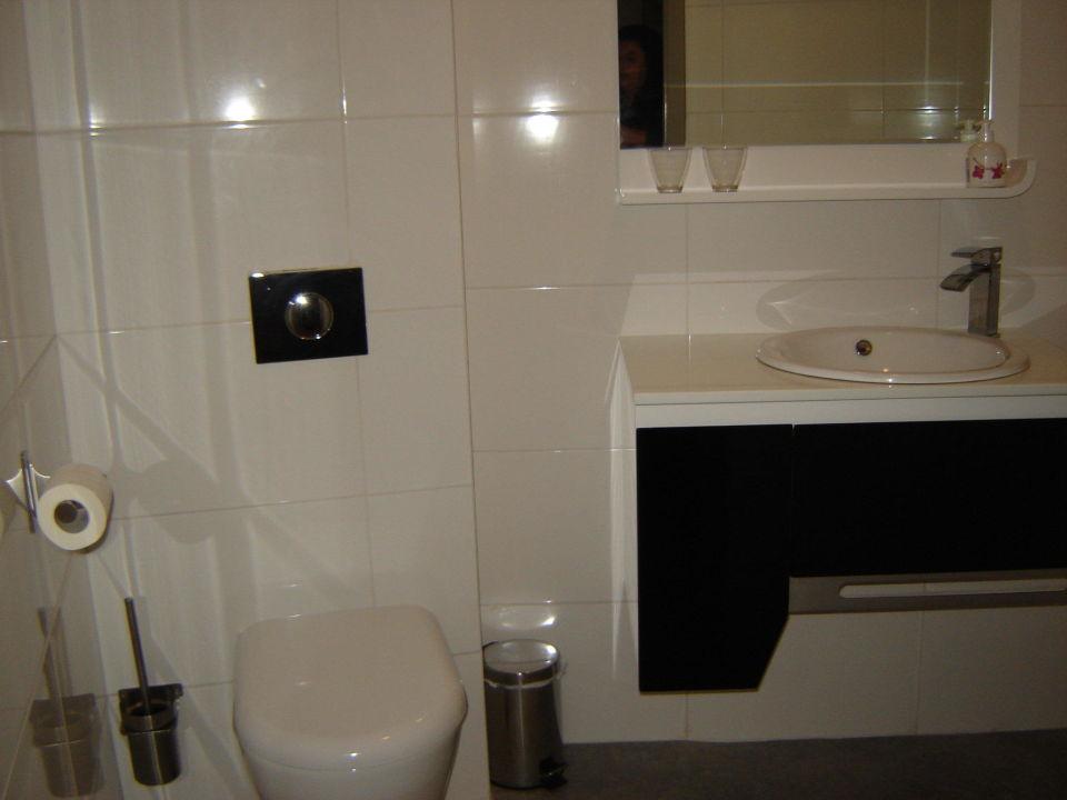 Formfactury lavabo toilet met kraan te koop dehands be