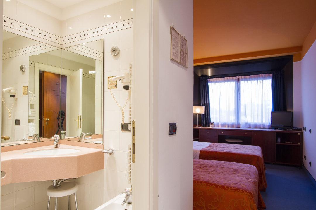 Bagno hotel sirena cesenatico holidaycheck emilia - Bagno romagna cesenatico ...