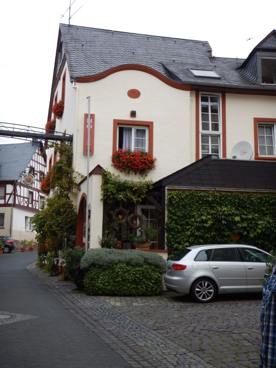 Zeltinger Hof : Bild quot fahrrad parkstation zu hotel zeltinger hof in