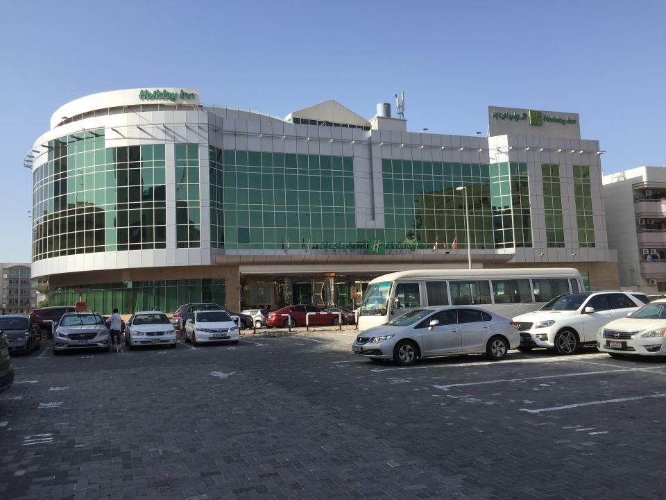 Außenansicht Holiday Inn Bur Dubai - Embassy District