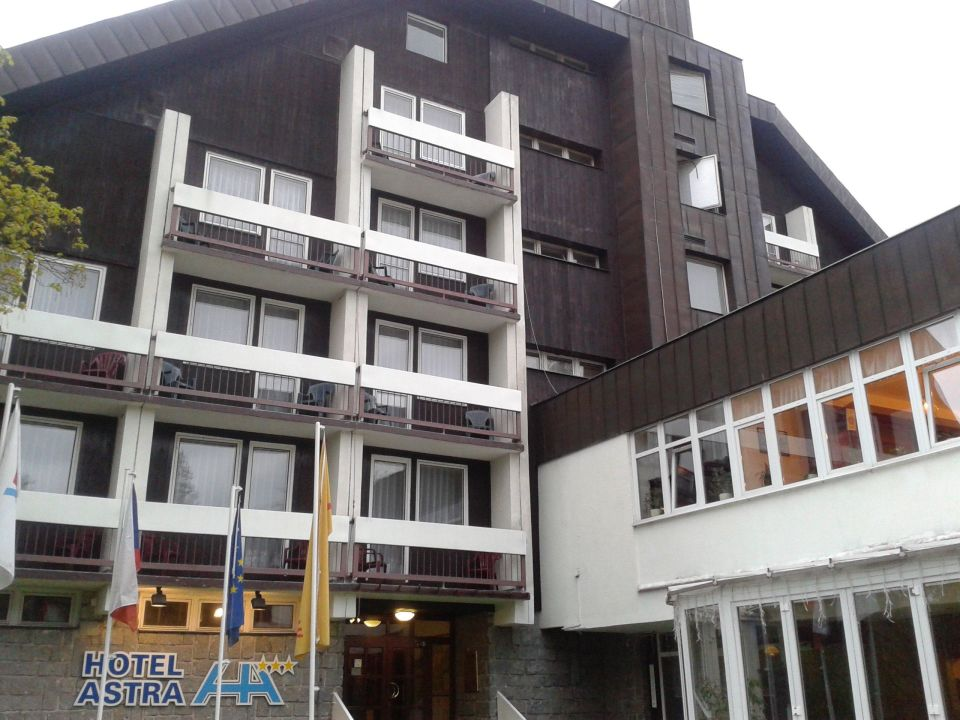 Außenansicht / Eingangsbereich Hotel Astra