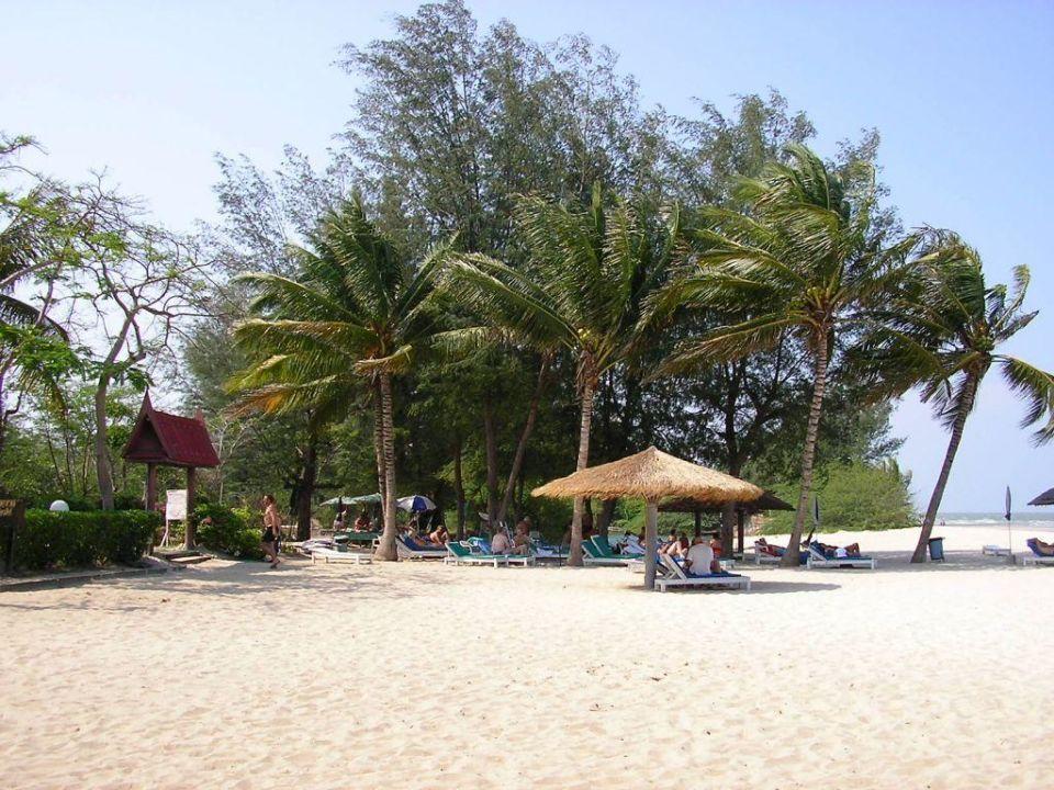 Teilansicht Hotelstrand Hotel Beach Cha Am