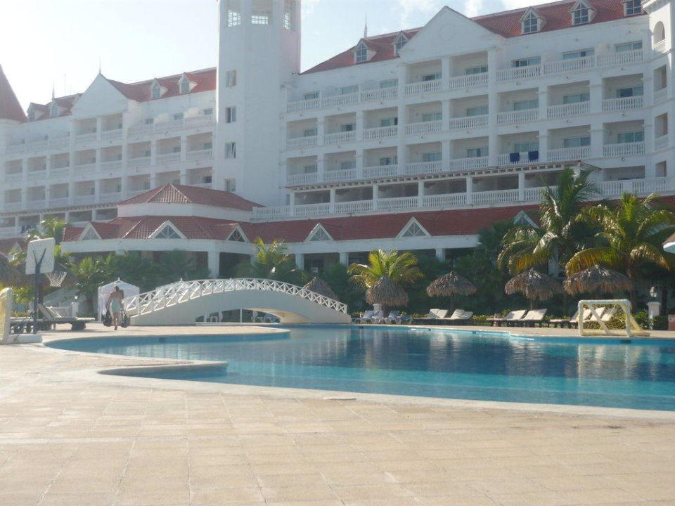 Bild piscine zu grand bahia principe jamaica in runaway bay for Piscine debordement principe