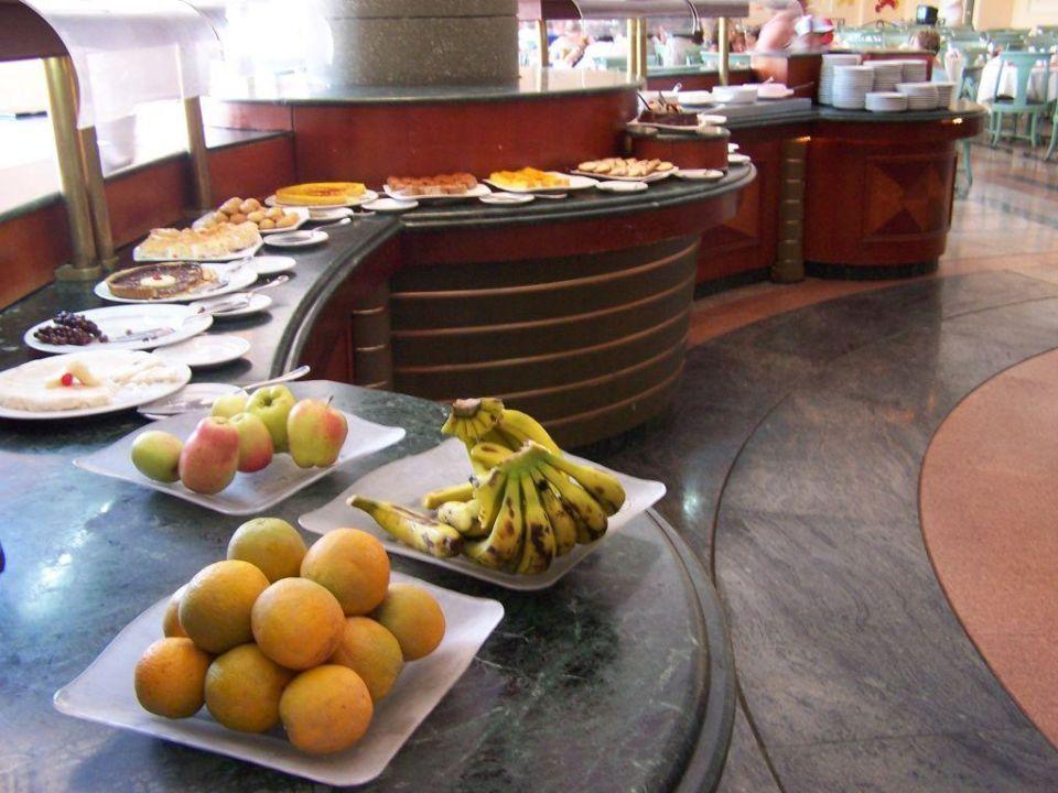 Dessert-Buffet im Restaurant L'Opera Dreams Beach Resort
