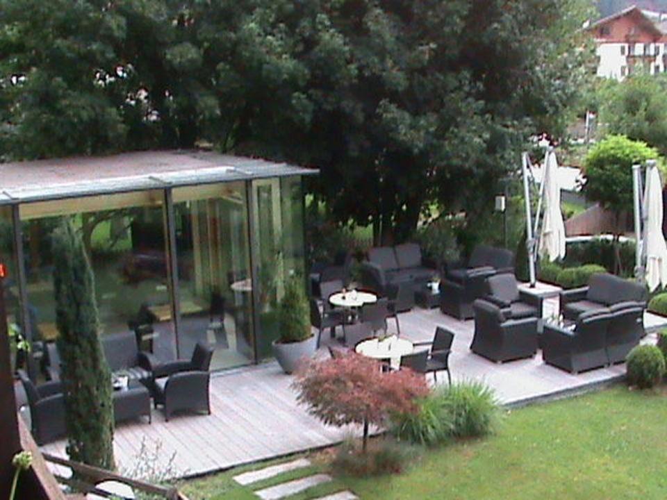 Colazione all'aperto Residence Hotel Alpinum