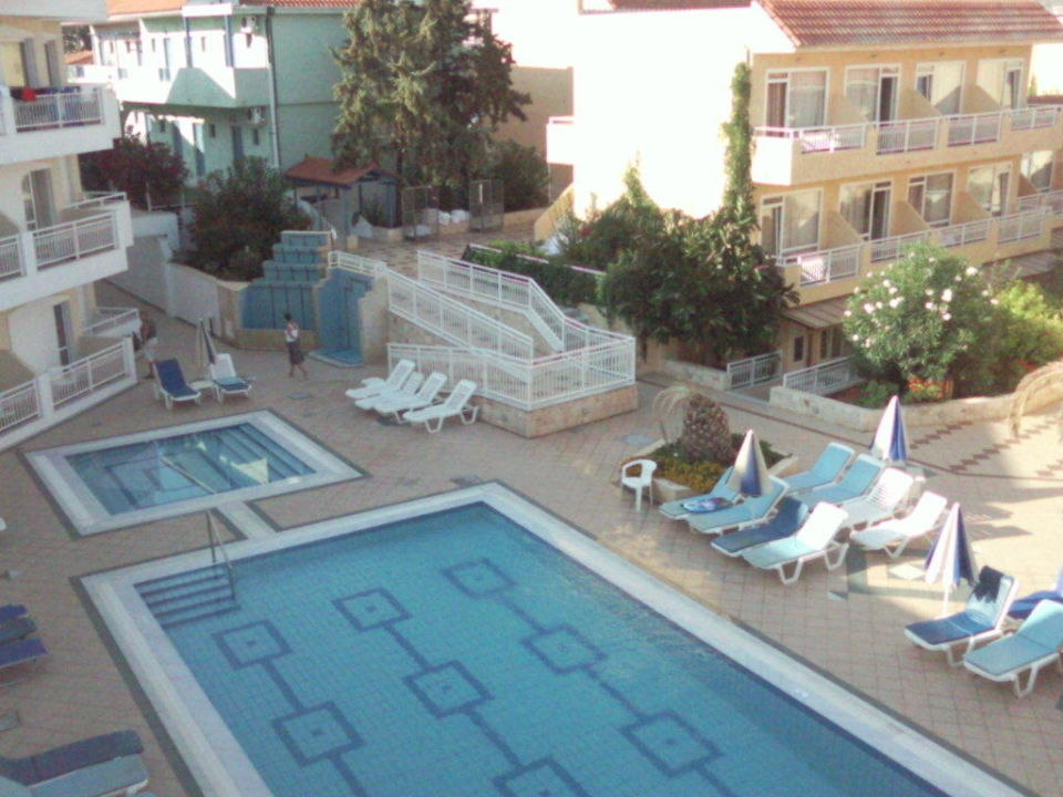 Der Pool im Paradise COOEE Lavris Hotels & Spa