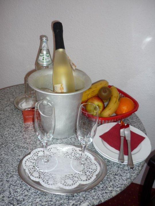 Sekt und Obstteller Hotel & Gästehaus Seehof