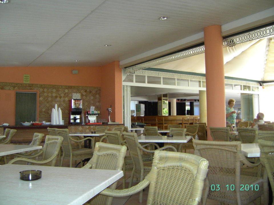 Außenbarbereich Aparthotel Tropicana & Trebol