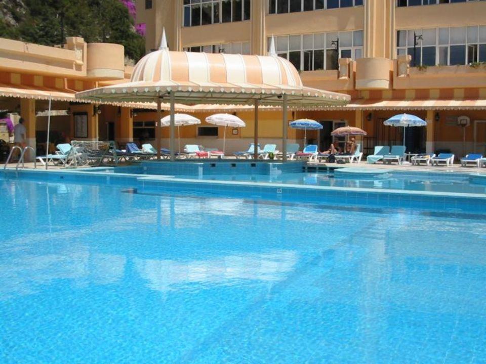 Adakule - Pool Alkoçlar Adakule Hotel