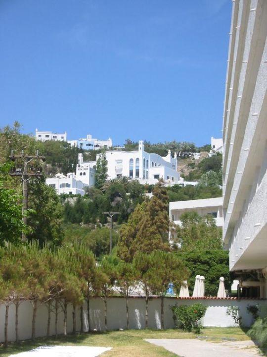 Esperos Village - Blick vom Esperides Family Resort zum Reze Esperos Village Blue & Spa