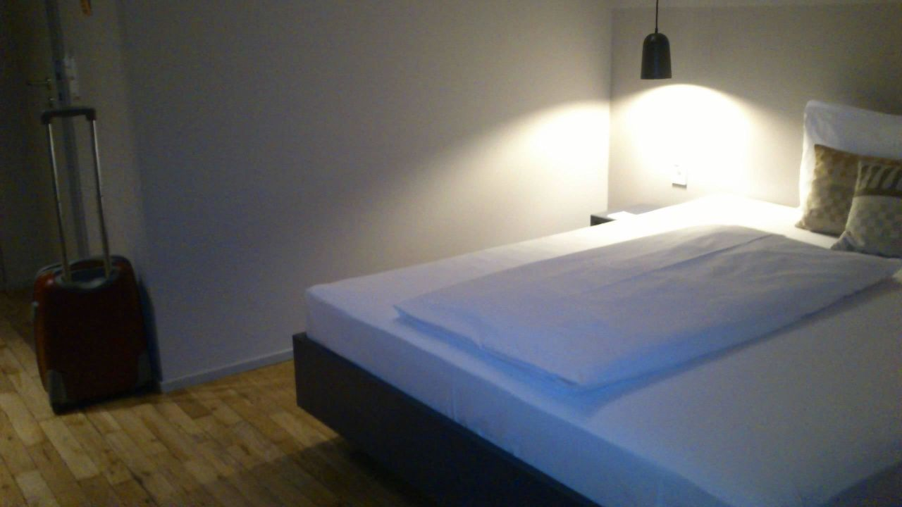 bett bold hotel m nchen giesing m nchen holidaycheck bayern deutschland. Black Bedroom Furniture Sets. Home Design Ideas
