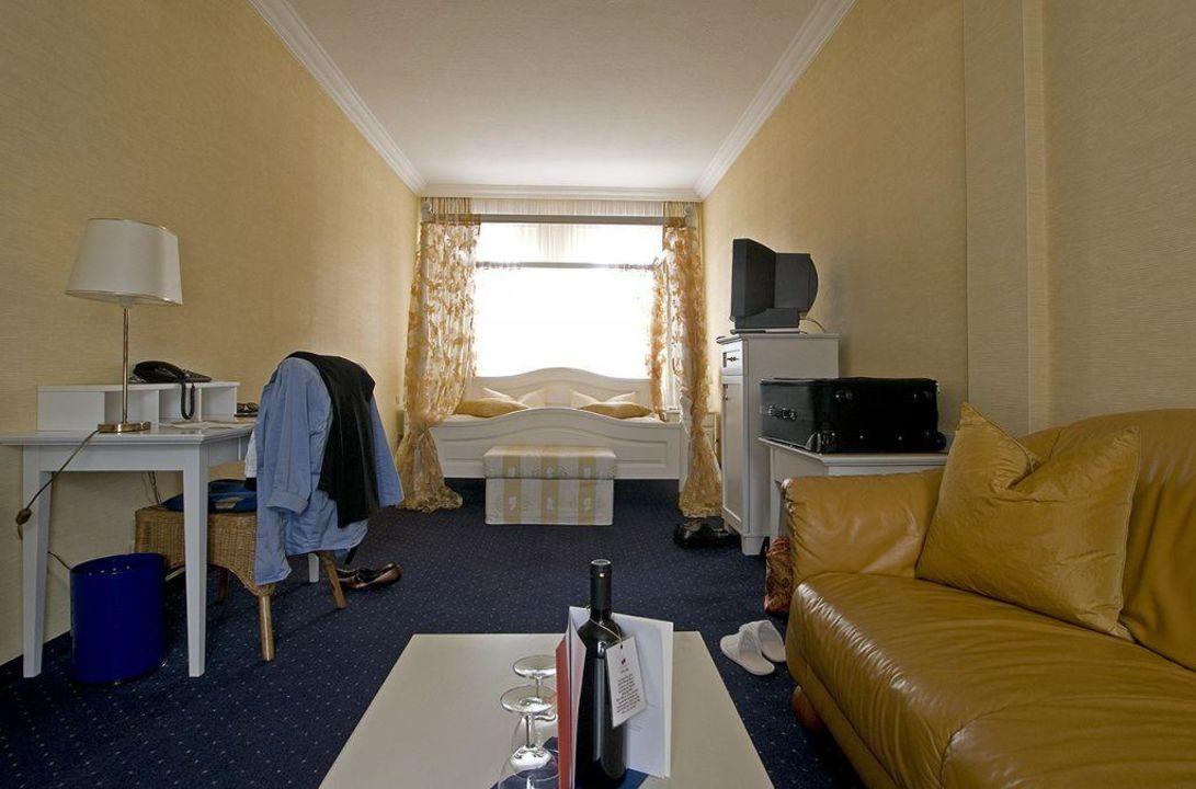 bild hippo bar zu hotel bei schumann in schirgiswalde kirschau. Black Bedroom Furniture Sets. Home Design Ideas