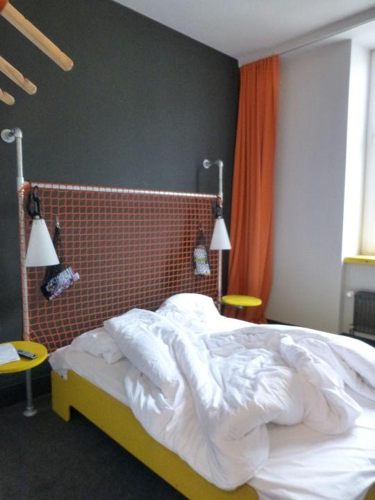 doppelzimmer hostel superbude st pauli hamburg. Black Bedroom Furniture Sets. Home Design Ideas