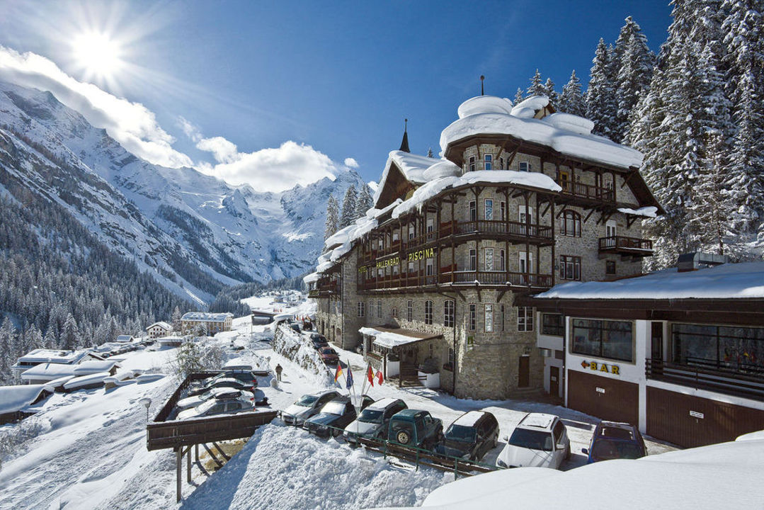 Hotel Madatsch im Winter Hotel Madatsch