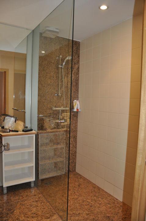 badezimmer hotel bianca wien holidaycheck wien sterreich. Black Bedroom Furniture Sets. Home Design Ideas