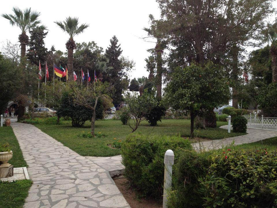 Außenansicht Hotel Les Orangers Beach Resort