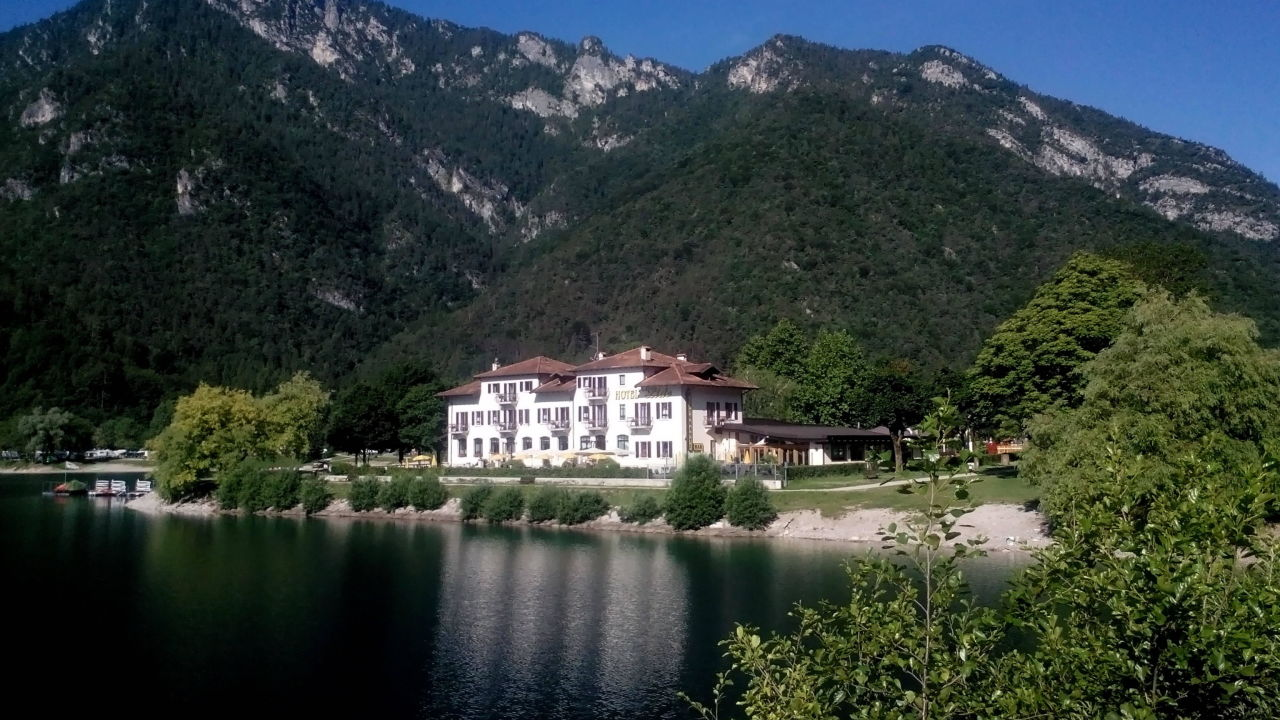 Italien Hotel Ledrosee