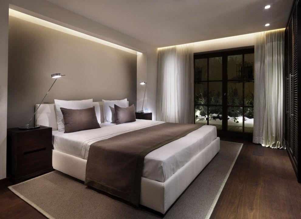 schlafzimmer harisch suites hotel weisses r ssl in. Black Bedroom Furniture Sets. Home Design Ideas