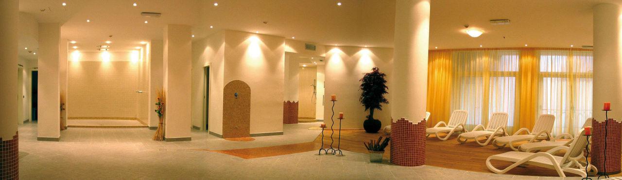 Spa family hotel adriana in ledro holidaycheck for Salon familial