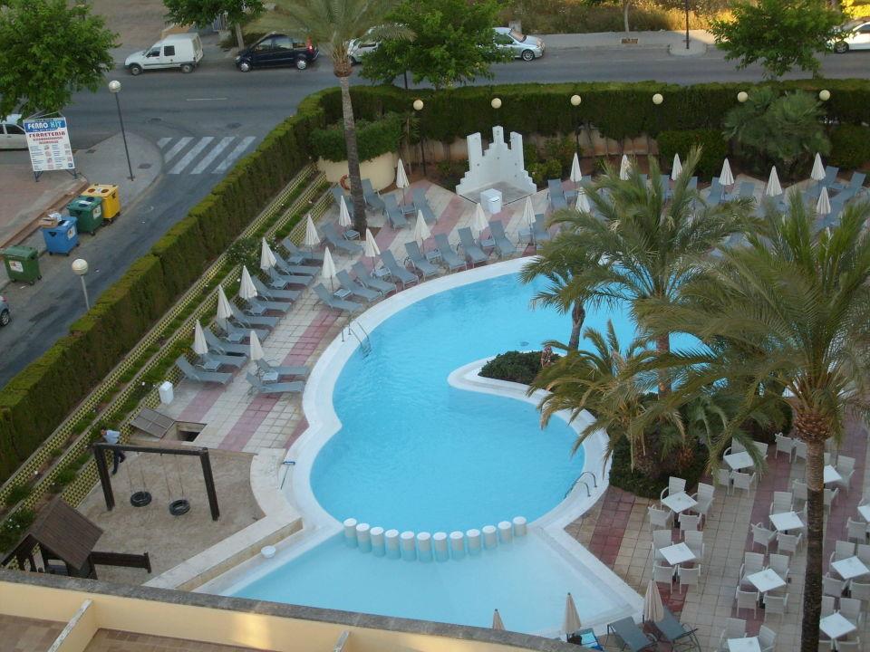 grosser pool wurde jeden morgen gereinigt hotel girasol cala millor holidaycheck mallorca. Black Bedroom Furniture Sets. Home Design Ideas