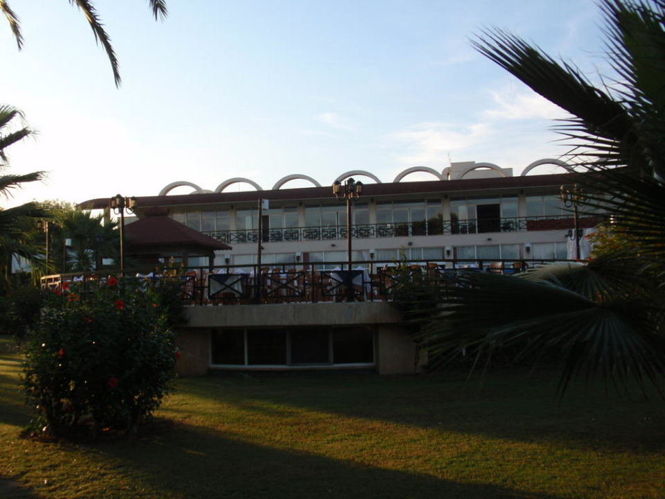 Blick auf das Restaurant Paloma Oceana Resort