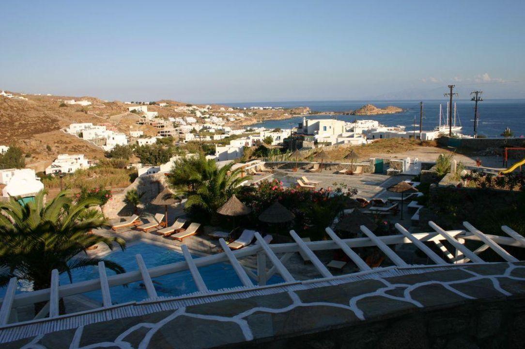 Blick vom Hotel zur Bucht von Plati Yialos Hotel Palladium