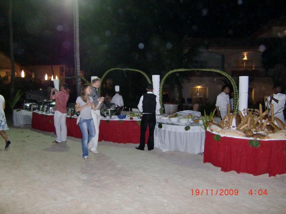 Beach Party Majestic Elegance Punta Cana Resort