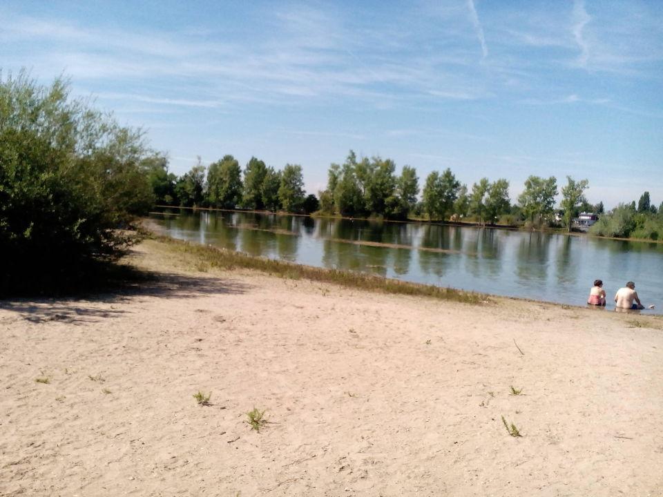 See am Campingplatz, Blaue Adria in Altrip Campingplatz
