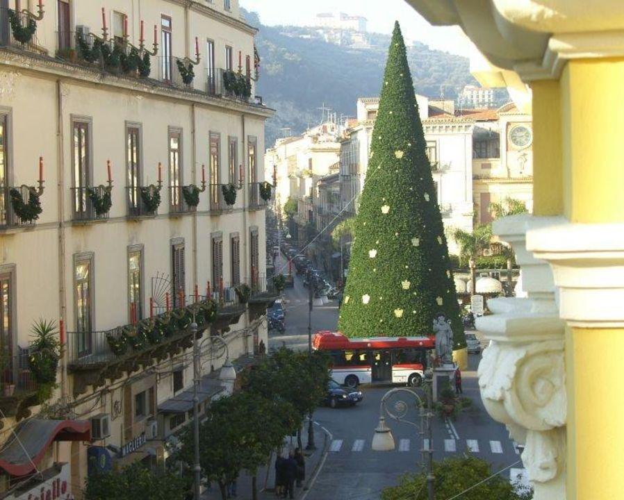 Blick von der Dachterrasse Hotel Palazzo Abagnale Sorrento
