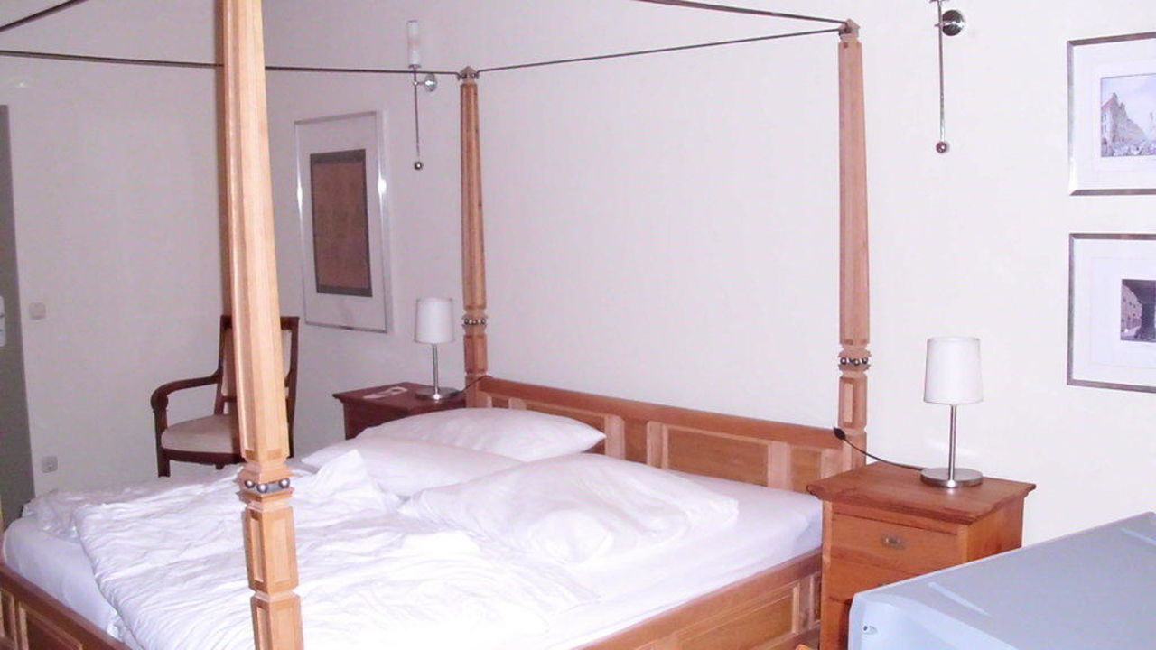 Bild Quot Aufgang Zum Zimmer Quot Zu Hotel B 246 Rse In G 246 Rlitz