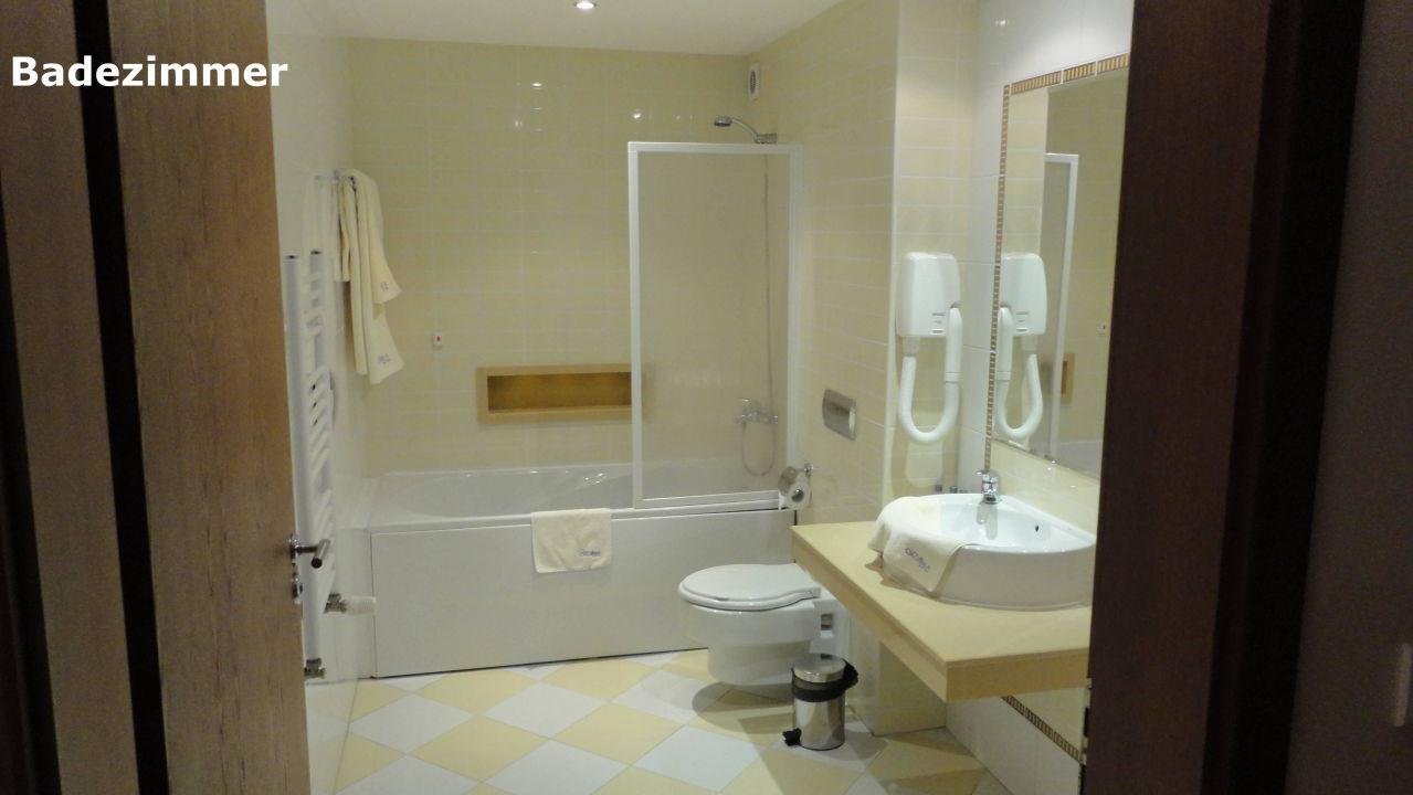 """bild """"schönes badezimmer mit wanne"""" zu hotel orchidea in goldstrand"""