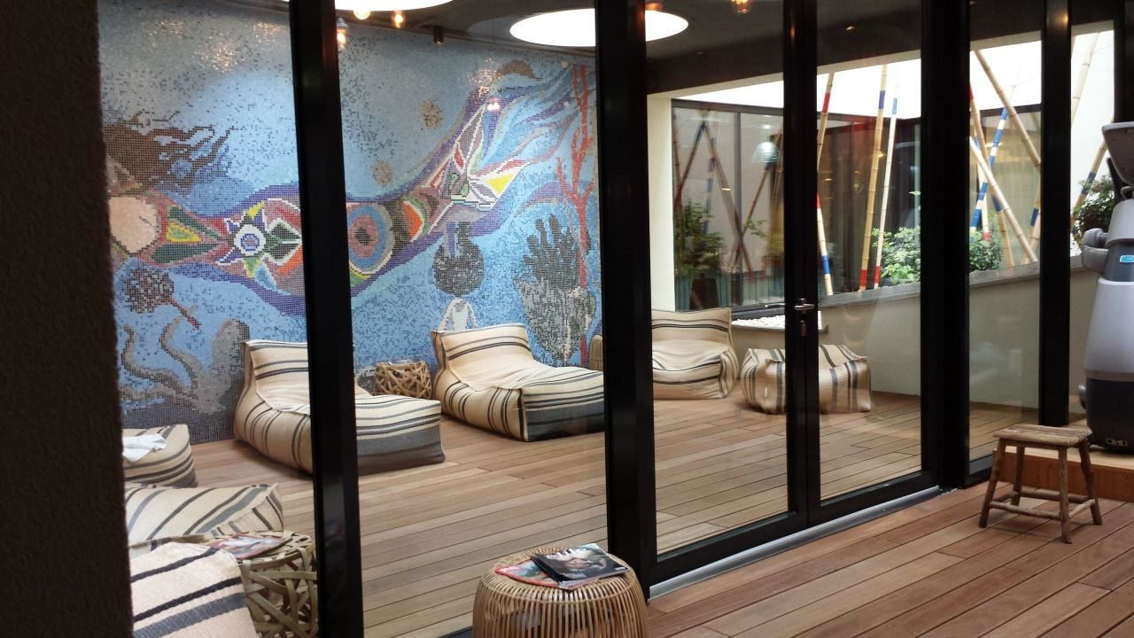 Ruhebereich Outdoor überdacht 25hours Hotel Wien Beim