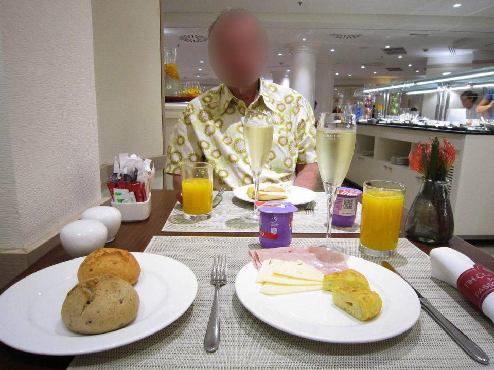 Breakfast Hotel NH Collection Madrid Paseo del Prado