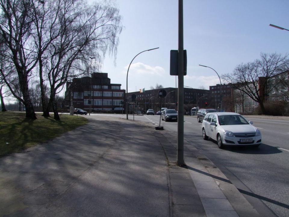 """""""Von der Bushaltestelle"""" Gresham Carat Hotel Hamburg in ..."""