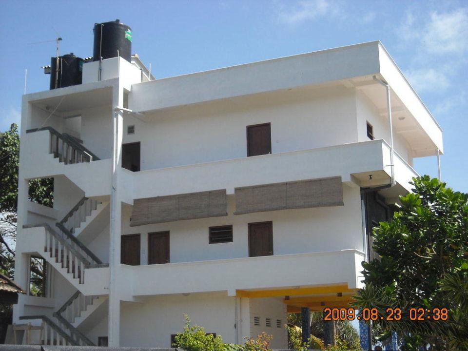 Hintere Hotelanlage Jasmine Gardens Beach Guest House