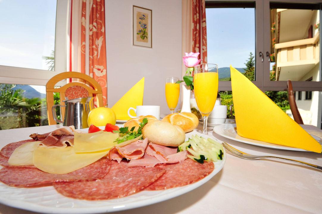 Frühstück Hotel Weger