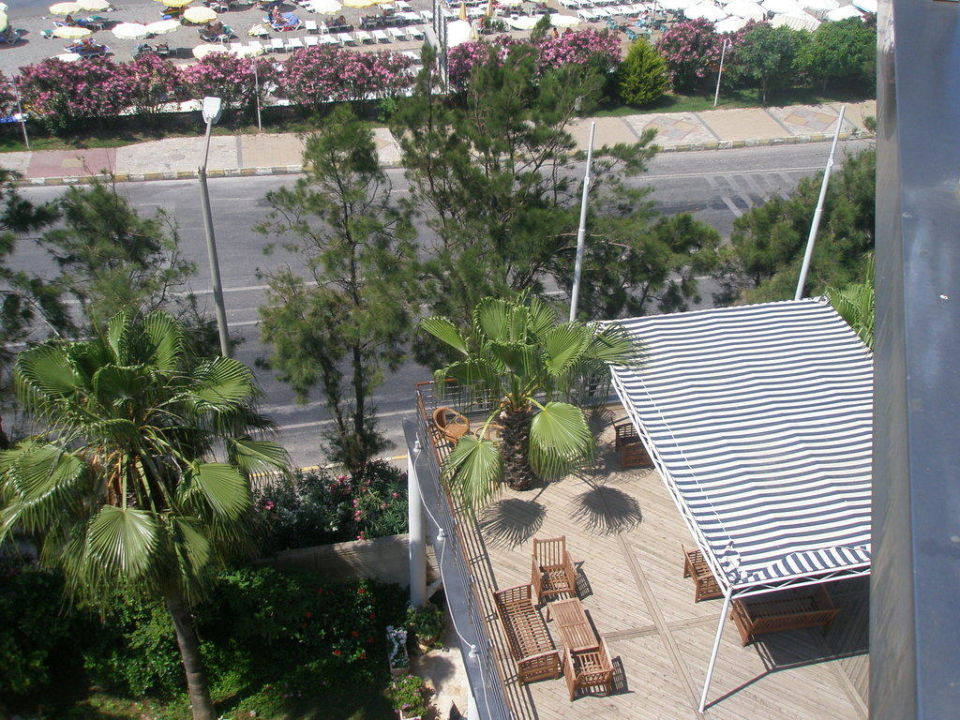 Strassenseite Mit Terrasse Hotel Grand Kaptan Alanya