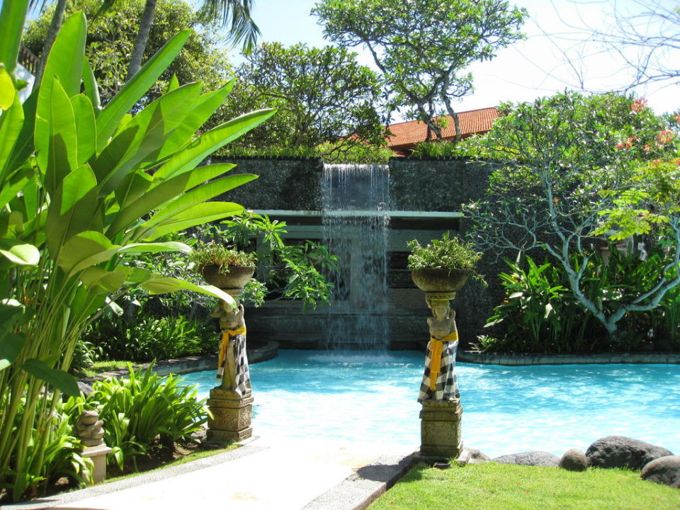 wasserfall im garten the laguna a luxury collection resort spa in nusa dua holidaycheck. Black Bedroom Furniture Sets. Home Design Ideas