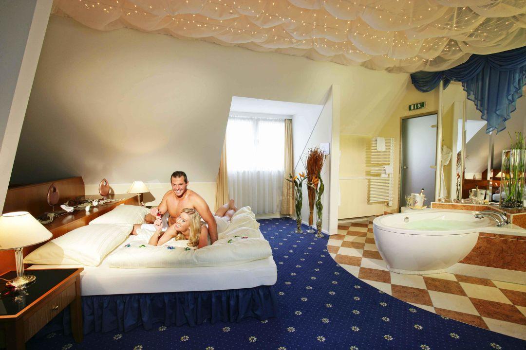 deluxe suite hotel miraverde eurothermenresort bad hall hotel miraverde bad hall. Black Bedroom Furniture Sets. Home Design Ideas