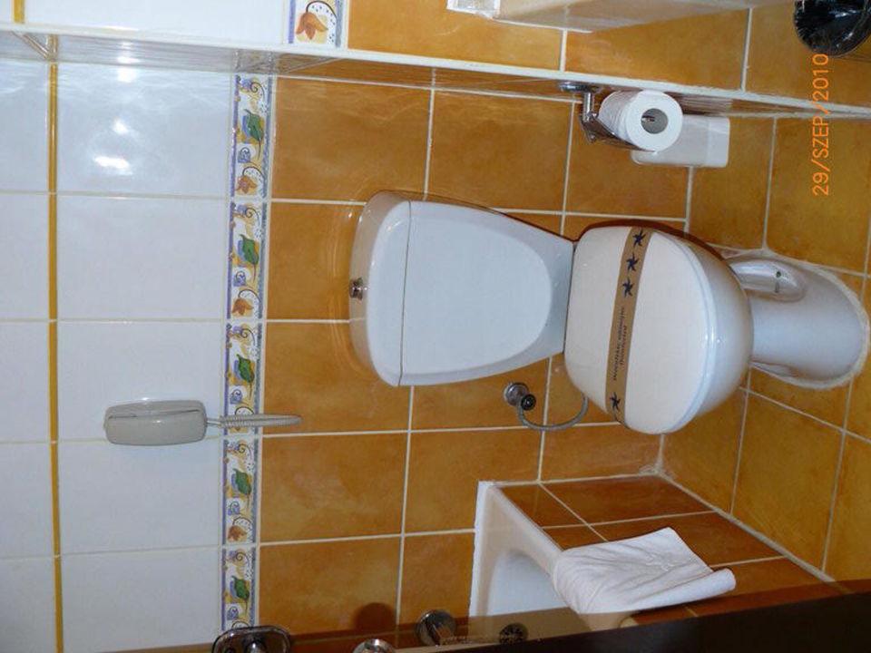 Bathroom Bellis Deluxe Hotel