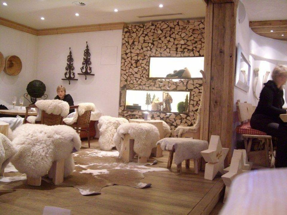hotelhalle hubertus alpin lodge spa balderschwang holidaycheck bayern deutschland. Black Bedroom Furniture Sets. Home Design Ideas