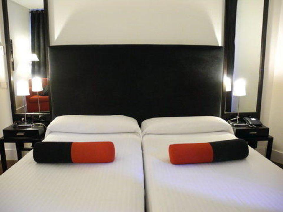 Стильный номер Hotel Quatro Puerta del Sol