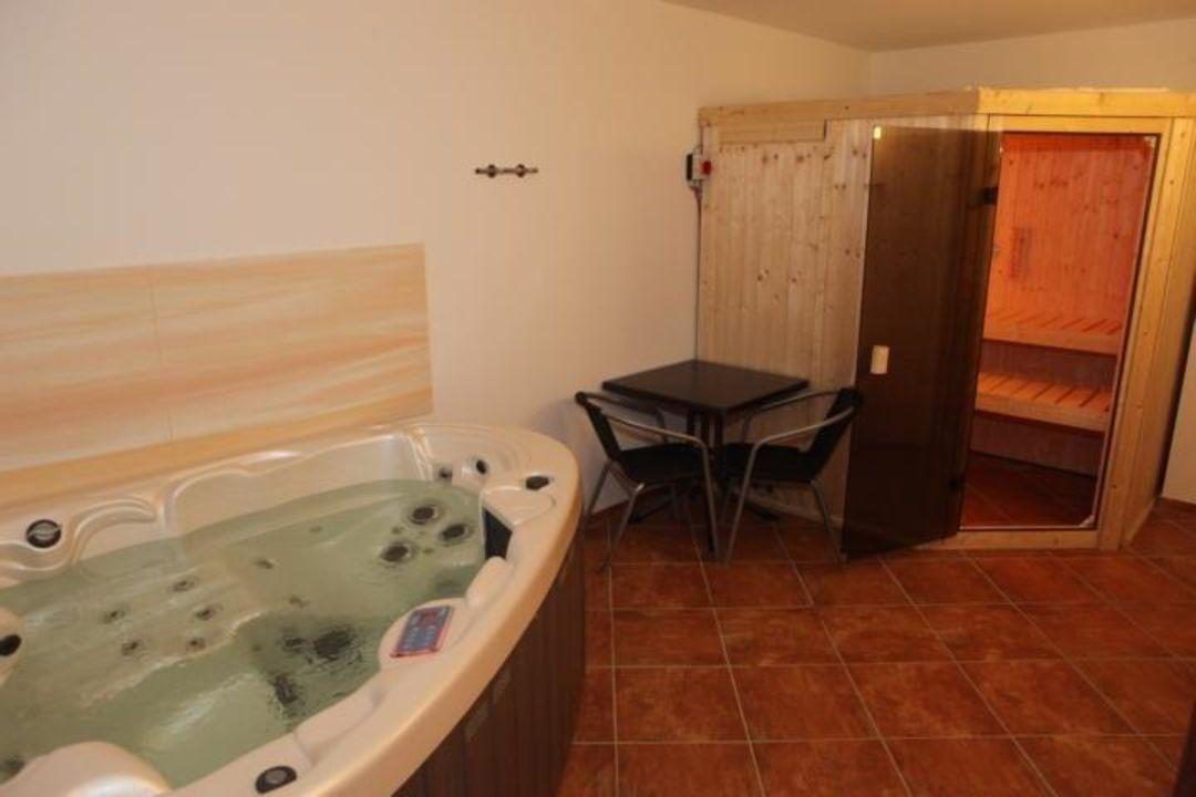 whirlpool und sauna ferienwohnung lisa koserow holidaycheck mecklenburg vorpommern. Black Bedroom Furniture Sets. Home Design Ideas