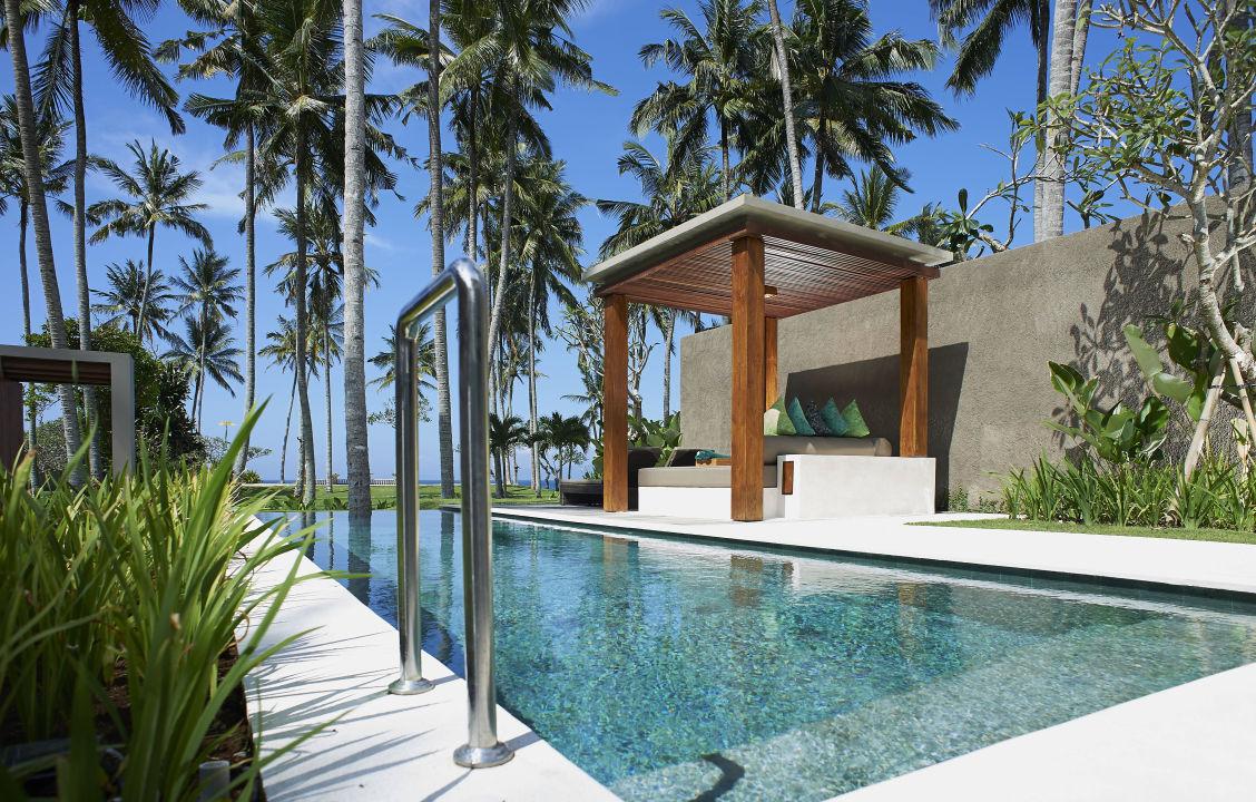 Pool villa Candi Beach  Villas
