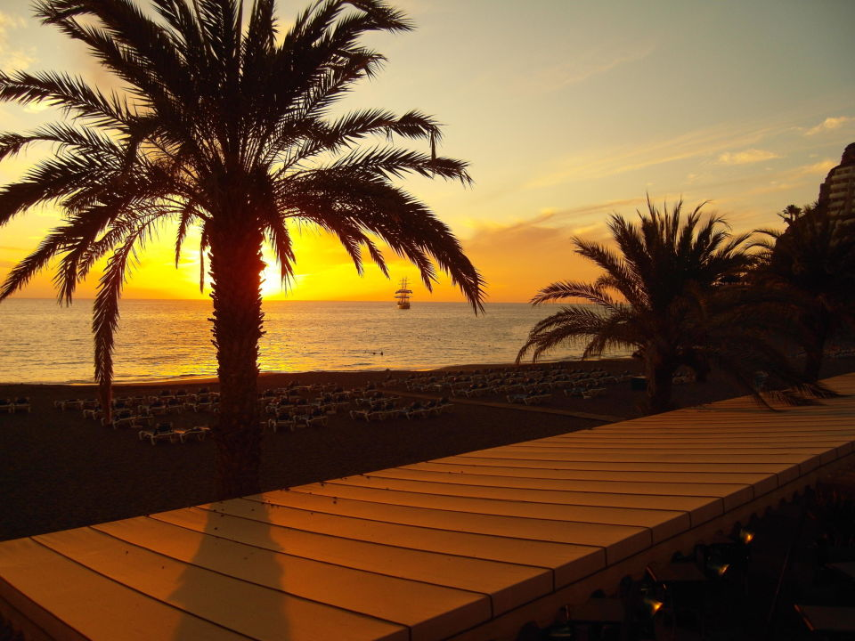 sonnenuntergang am strand hotel paradise costa taurito taurito holidaycheck gran canaria. Black Bedroom Furniture Sets. Home Design Ideas