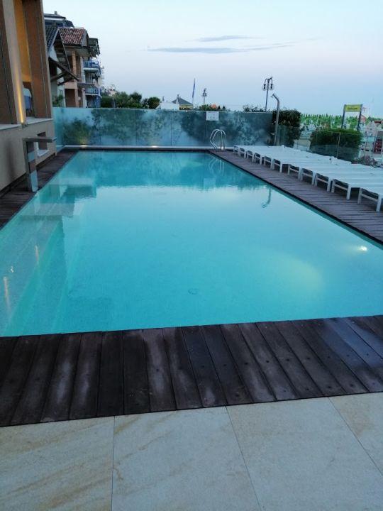 Pool Hotel Ancora